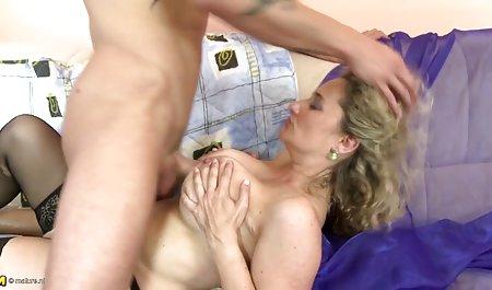 Hot muda cewek bokep semi sange seksi mendapat bercinta di vagina dan pantat