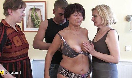 Titit bokep semi terhot besar di pantat ibu