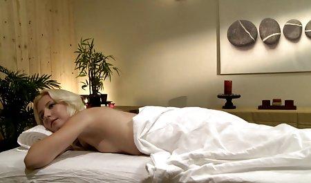 Ditarik Euro bokep semi movie kecantikan getar pantatnya pada kamera tersembunyi