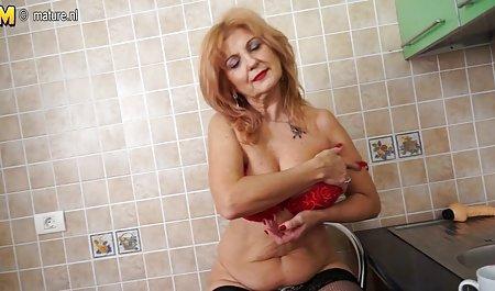 Adeline bokep semi mandarin Putih muncrat di luar ruangan